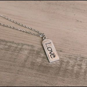 NEW!🔥 Love Tag Charm and Silver Tone Necklace